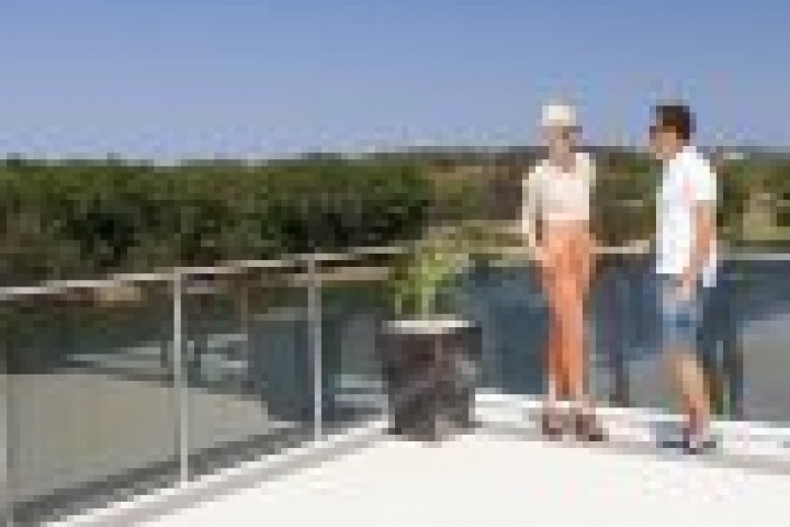 Brisbane Balustrades and Railings Glass Balustrades 720 480